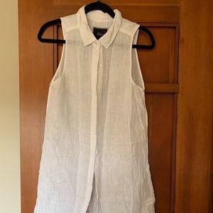 Rails -- White linen sleeveless shirt